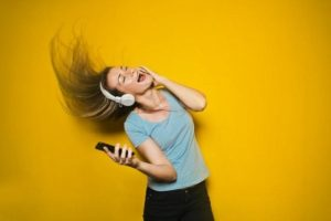 Kiếm tiền từ âm nhạc - Kinh doanh bán nhạc qua iTunes